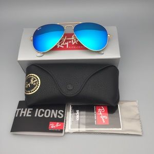 Aviator 3025 112/17 Gold Frame Blue Flash Sunglass